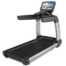 Life Fitness Discover SE Treadmill